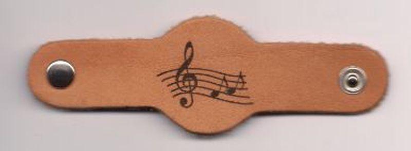 Halstuchnoten - gelasert - Notenschlüssel
